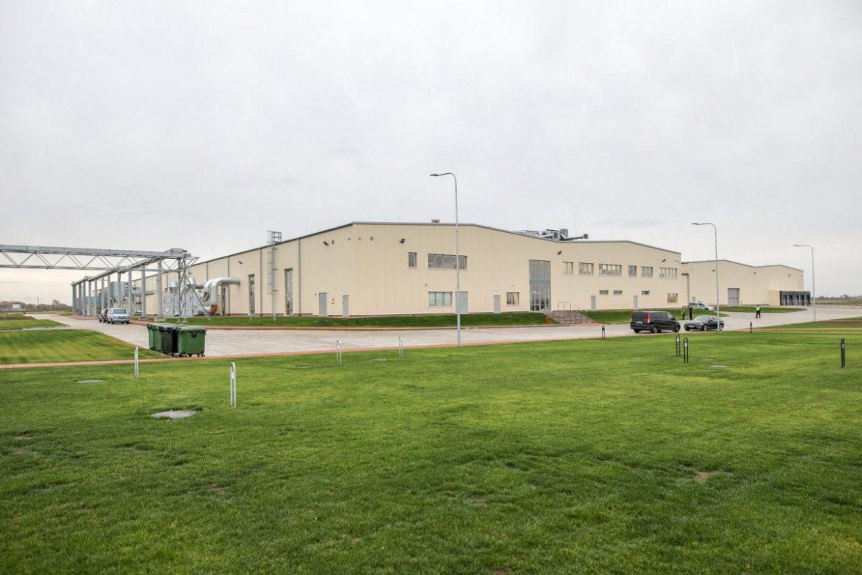 領先的丹麥窗戶製造商 DOVISTA 在 Marijampole 開設工廠